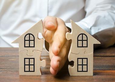 Как при разводе делится имущество