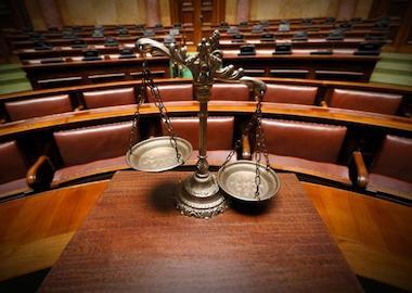 Суд присяжных: задачи, особенности и функции